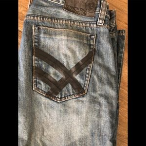 Kenneth Cole jeans 34X30 good condition